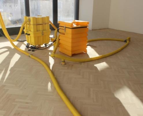 Wasserschaden beseitigen mit Trocknungsgeräten Rosenheim Ebersberg Grafing